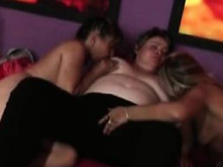 Порно при спящем муже