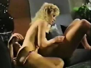 Кончила от жесткого траха порно