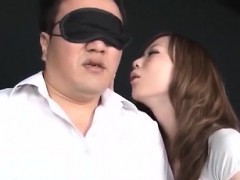 Села задницей на нос