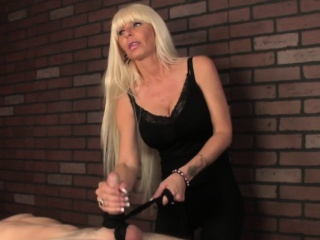 Mature femdom masseuse uses cbt to ruin subs cock