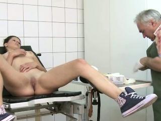 Порно извпащения ипьянный секс