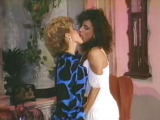 Hairy ladies from 1980s yummying down on each others twats