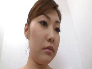 Bootylicious Asian honey going dirty like real porn stars do