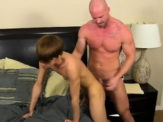 Fuck He Calls The Poor Stud Over To His Building After H...