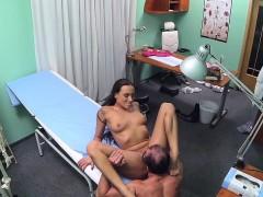 Порно девушки безкмно кончают