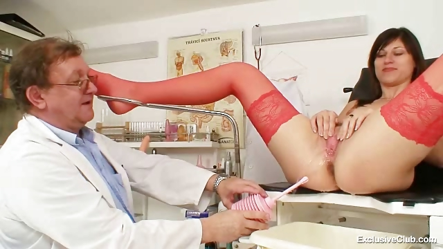 Porn Tube of Kinky Gyno Doctor Fingers Pussy Of Hot Brunette