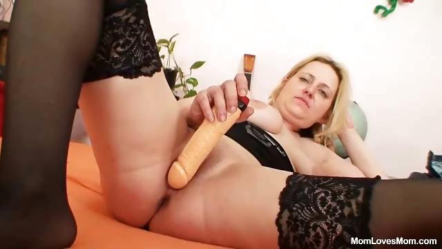 Porno Video of Amateur Mom With Big Natural Tits Masturbates