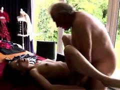 Порно онлайн чуть не порвал в hd качестве