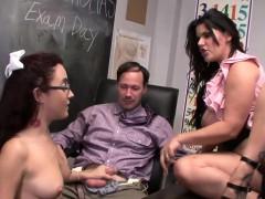 Порнушечка видео с юными онлайн