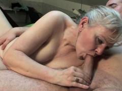 Порно анал молоденькой видео