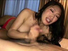 Смотреть порно со стройными мамками