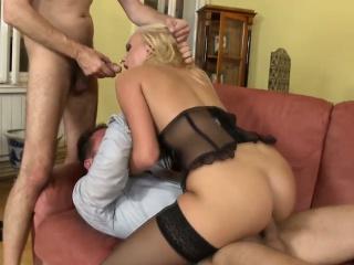 Порно фильмы двойное проникновение в жену