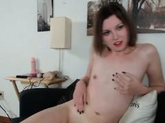 Порно когда мужик себя удовлетворяет видео