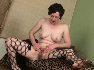 Ебля баб на курорте смотреть порно