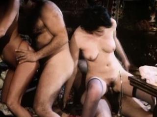Порно ретро фильмы италия мама