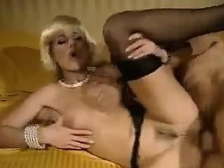 Смотреть порно ретро мамки сыновья смотреть порно