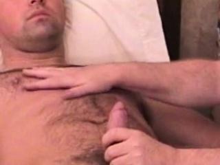 Homemade reality jock gets bj from gay bear