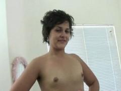 Бесплатные картинки порно служанки