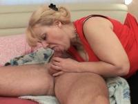 Кто сказал, бабушка не нравится анальный секс?