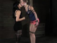 секс видео с с молодой мамой