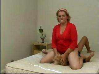 Porn Tube of Bbw Lesbian Facesitting Skinny Girl 2