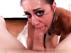 Охуенная телка с шикарными сиськами видео