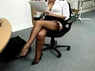 My Beautiful Secretary Is Such...