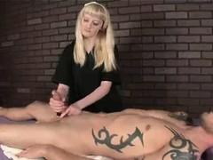 Пизда сексуальная заросшая ролики
