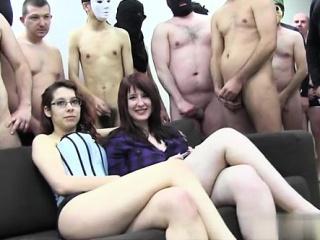 Русский групповой секс природе видео групповой