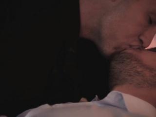 Gayhunks invite voyeur over for threesome