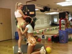 Попки украинских девочек