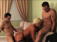Секс старые с молодыми порно видео