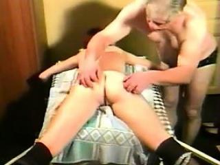 Порно видео скрытая камера жен туалет