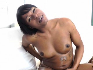 Ebony shemale amateur blows load