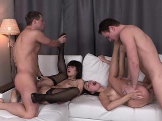 Порно бьт и ебет