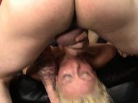 Лезби секс дамашний