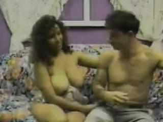 Порно хозяйка и служанка лесби