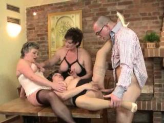 Фото порно зрелых пышных женщин