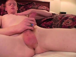 Solo ginger twink from usa tugging at home
