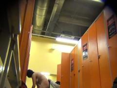 Недвижимость скрытая камера в женской раздевалке