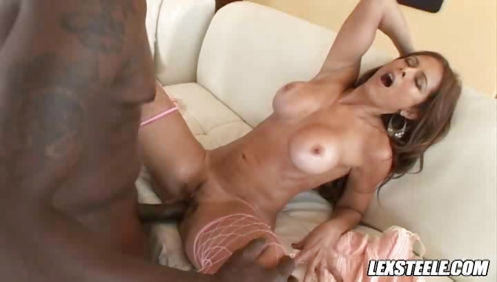 Porno Video of Lex Steele Fucks And Creampies Her