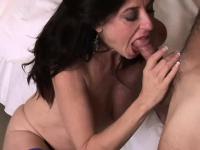 Порно видео молодые с большими сиськами