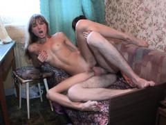 Любительские интим видео в спальне.