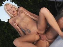Порно красивая грудь девчонок