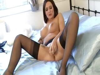 Porno Video of Milf In Bullet Bra Girdle And Nylons