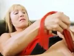 Смотреть видео онлайн с зрелыми женщинами