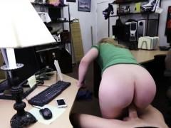 Видео лесбиянки заставила подружку