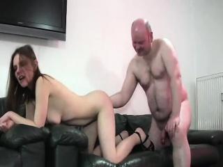 Ххх трах в горло смотреть порно