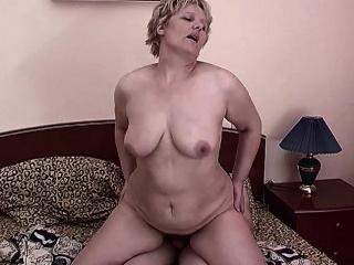 Толстые и волосатые тетки смотреть порно онлайн