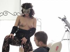 Порно видео изобретательная госпожа рабыня и раб